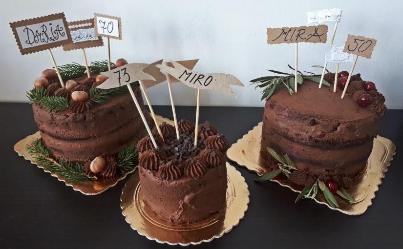 Tri tortice za trojno praznovanje